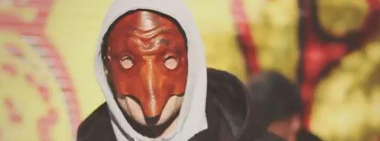 und er so mit maske ne