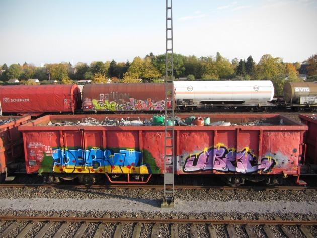 debil übel graffiti